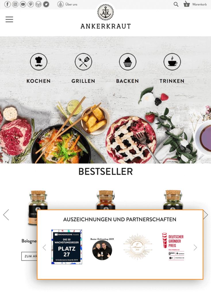 Der Screenshot zeigt einen Ausschnitt der Startseite von Ankerkraut. Der Online Shop präsentiert Auszeichnungen und Partnerschaften auf der Startseite.