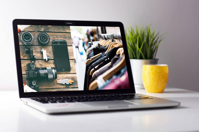 Personalisierung im Branchenvergleich dargestellt auf einem Bildschirm eines Laptops, der links die Elektronikbranche und rechts die Modebranche abbildet.