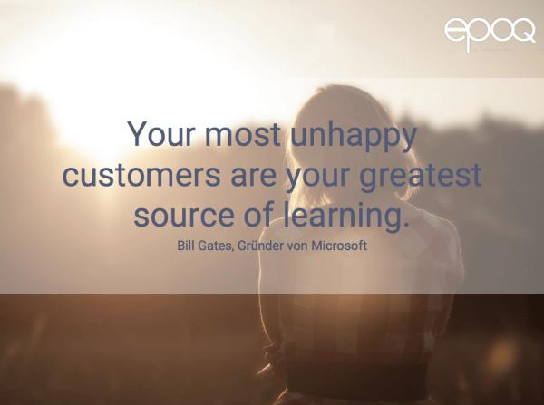 Dargestellt wird ein Zitat zum Thema Customer Experience, das von Bill Gates, dem Gründer von Microsoft, stammt.